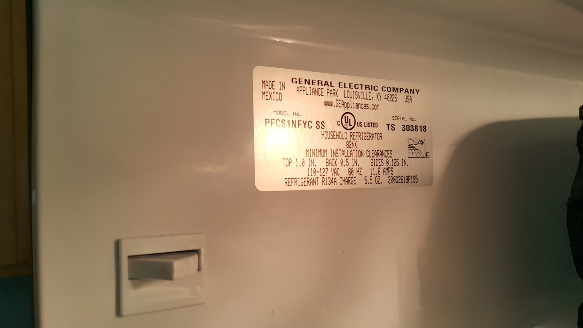 GE Profile pfcs1nfzss Refrigerator not cooling enough and collects